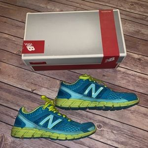 New Balance Running Course Sneakers 750 v1 Neon